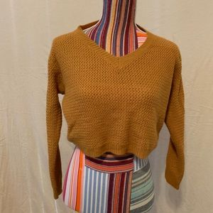 NWOT Soft crop top sweater in mustard